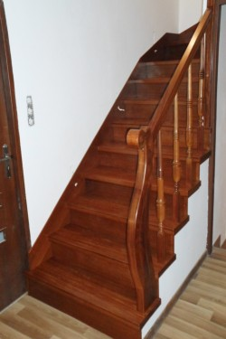 schody312.JPG
