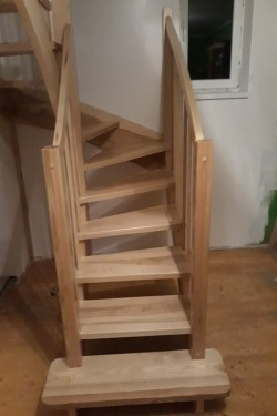 schody351.jpg