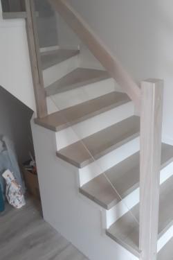 schody374.jpg