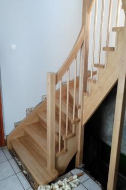 schody381.JPG