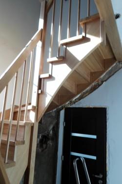 schody383.JPG