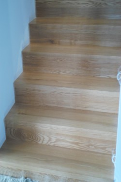 schody384.JPG